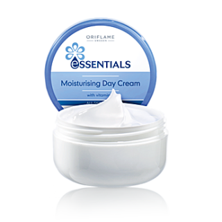 Crema hidratanta de zi Essentials 75 ml